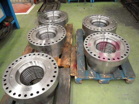 Large size couplings